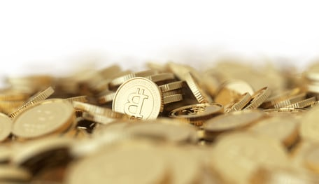 Bitcoin Picks: Apple Pay Dealing with Fraud, Bitcoin Exchange Goes Public