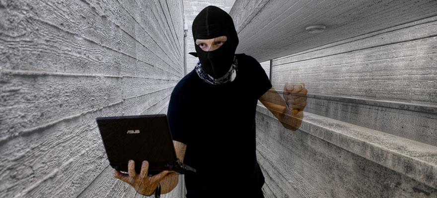 criminals-using-a-computer