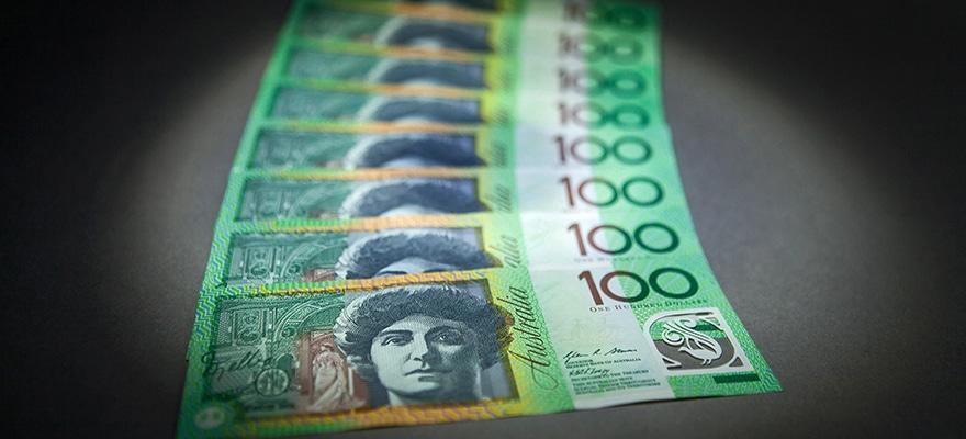 Australian 100 dollar banknotes