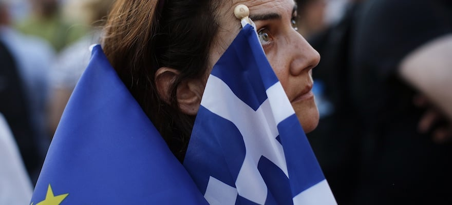 Greece On Brink Again as IMF, EU Clash over Solution