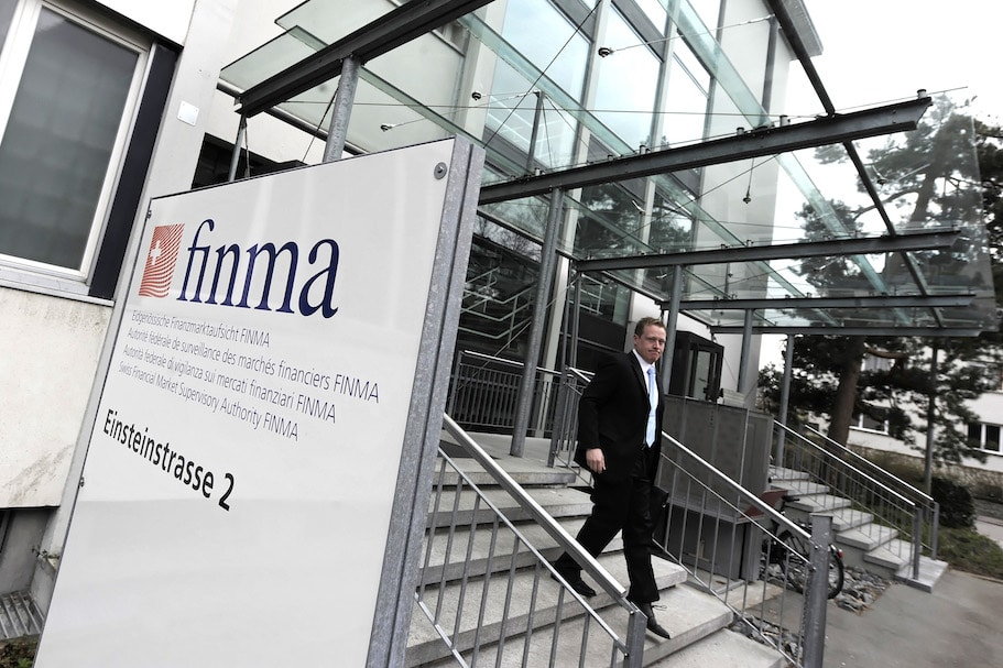 Swiss Watchdog FINMA Warns Against Brokers Option