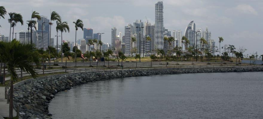 Dash Added to Bitcoin ATMs in Latin America via TigoCTM