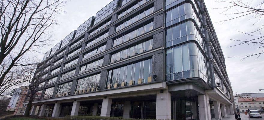 Cibc hires fx options head for asia