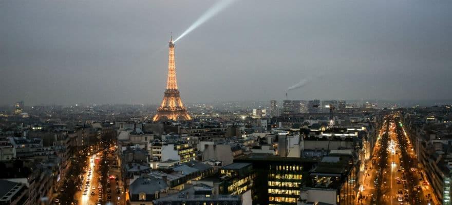 Can Paris Overtake Frankfurt in Bid to Secure Brexit Banking Jobs?