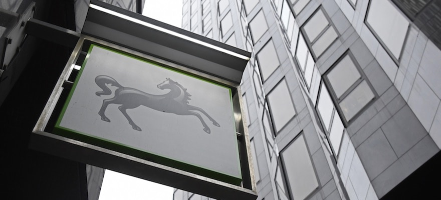UK's Financial Sector to Avert Cataclysm, Lloyds' Blackwell Suggests