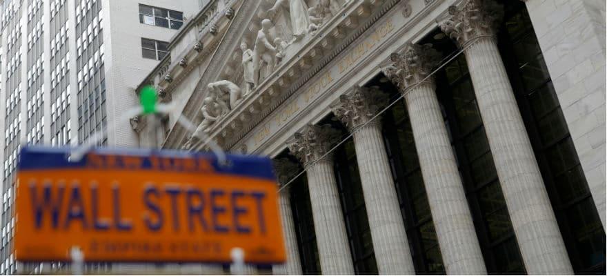Major Banks Urge More Reviews Before Bitcoin Futures Launch