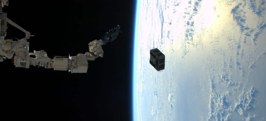 Bitcoin Blockchain Data is Now Beamed from Space via Blockstream Satellite