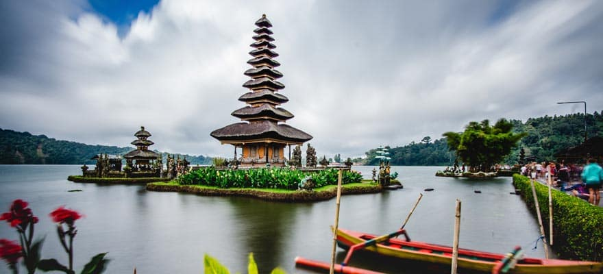 The Biggest Country in Southeast Asia to Ban Cryptocurrency