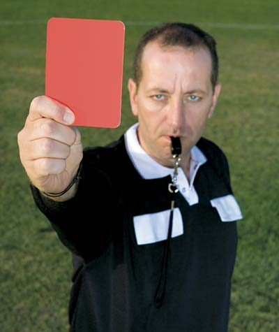 webquest-soccer-red-card