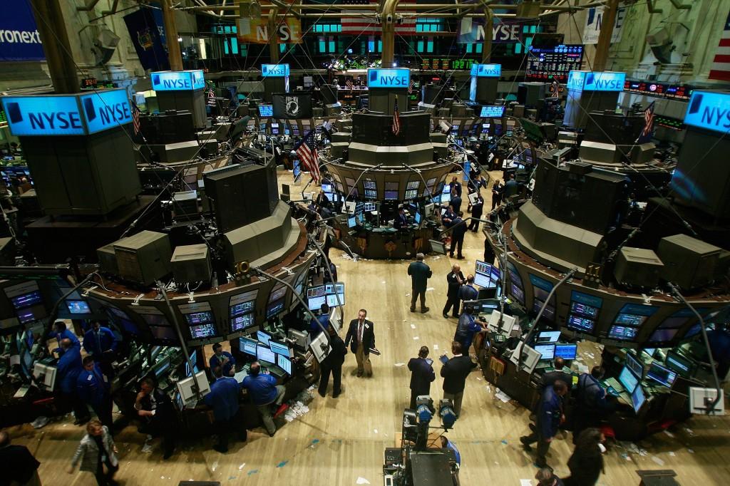 Dow Jones Industrials Continues To Slide Downward
