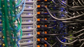 Computer servers accounting for the most part of daily trading volume on the NYSE nowadays, photo:Bloomberg
